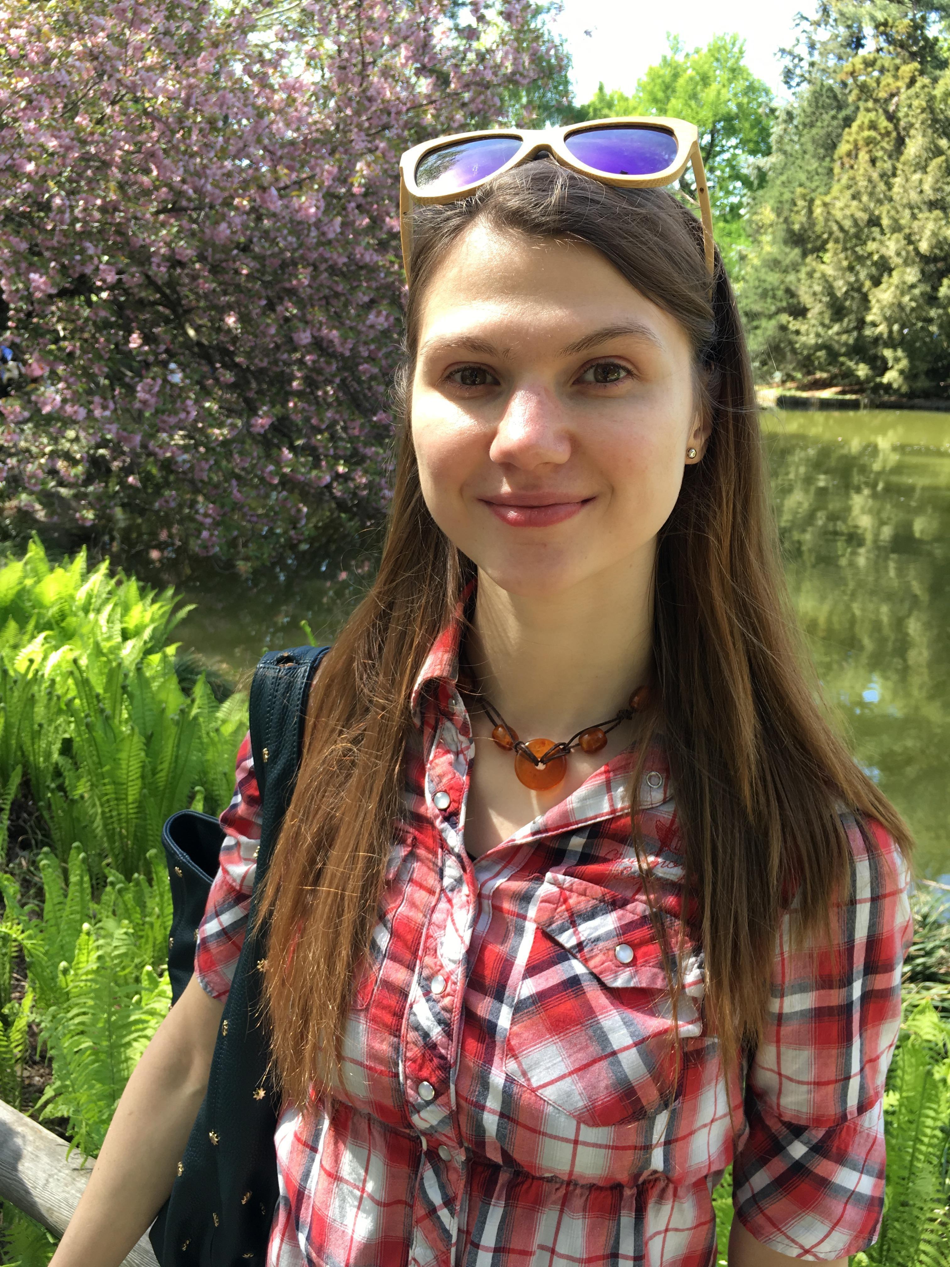 Aryna A.