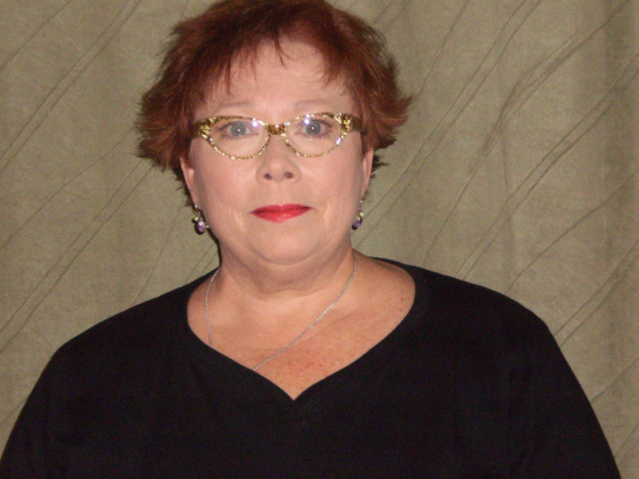 Linda Q.