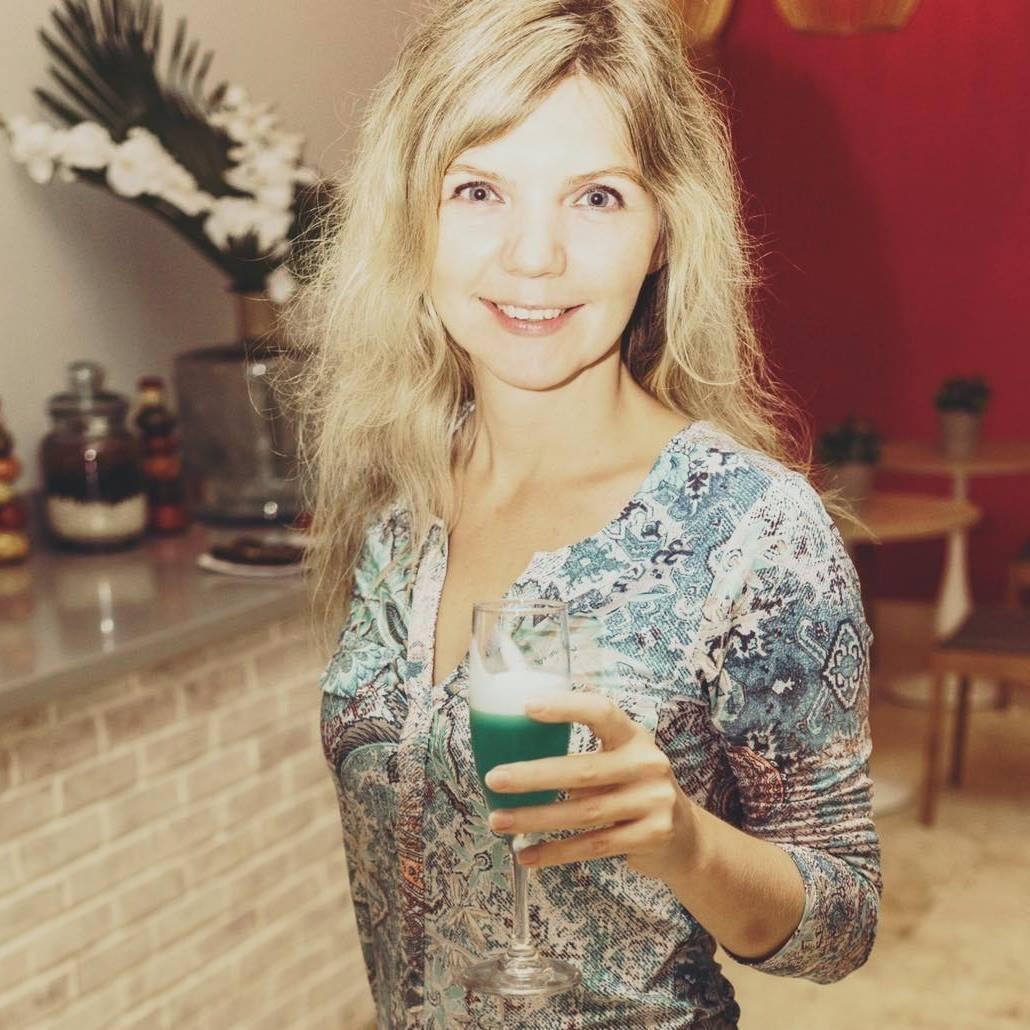 Yulia D.